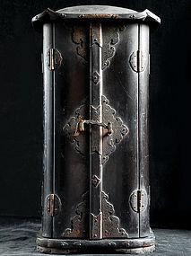 Zushi Buddhist Shrine Display Case Lacquer Wood Edo 17c