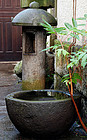 Stone Water Basin Mizubachi Chouzubachi Lantern Edo
