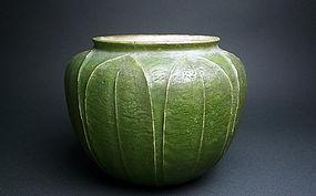 Grueby Vase Art Pottery Cucumber-Green Matte ca. 1905