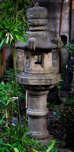 Japanese Stone Lantern Kasuga-style Ishi-doro late-Edo/Meiji ca. 1875