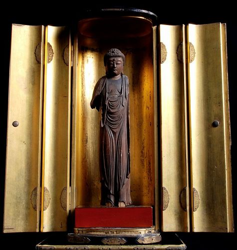 Wooden Buddha Fragment in Lacquered-wood Zushi Early- to Mid-Edo