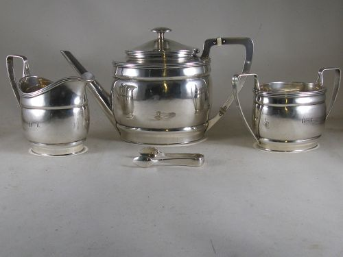 3-piece tea service by Old Newbury Crafters, 1926