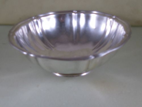 Bowl by Arthur Stone; Gardner, MA; first quarter 20th C.