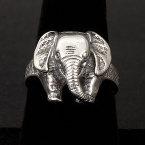Vintage Sterling Silver Elephant Ring
