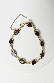 Vintage 14K  Yellow Gold and Garnet Link Bracelet