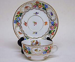 12 Schumann Dresden Flower Cups and 