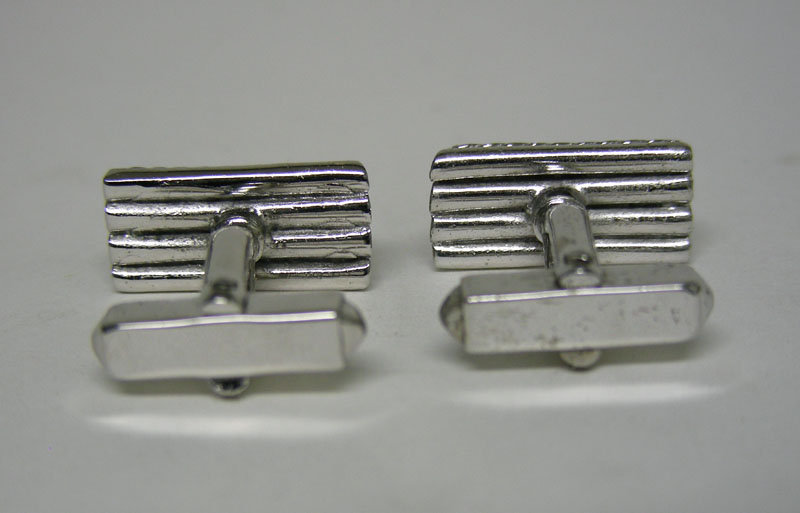 Vintage Modernist Silver Toggle Back 