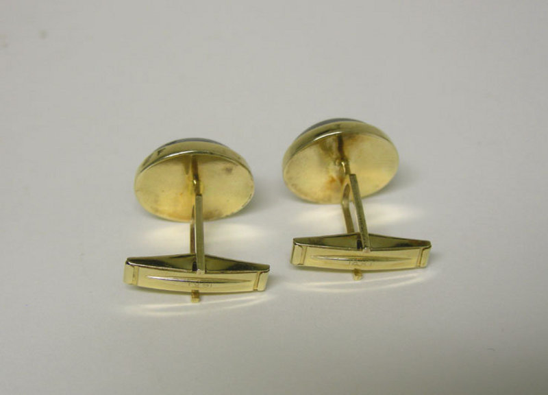 Vintage 14k Gold And Hematite Toggle Back  cuff Links