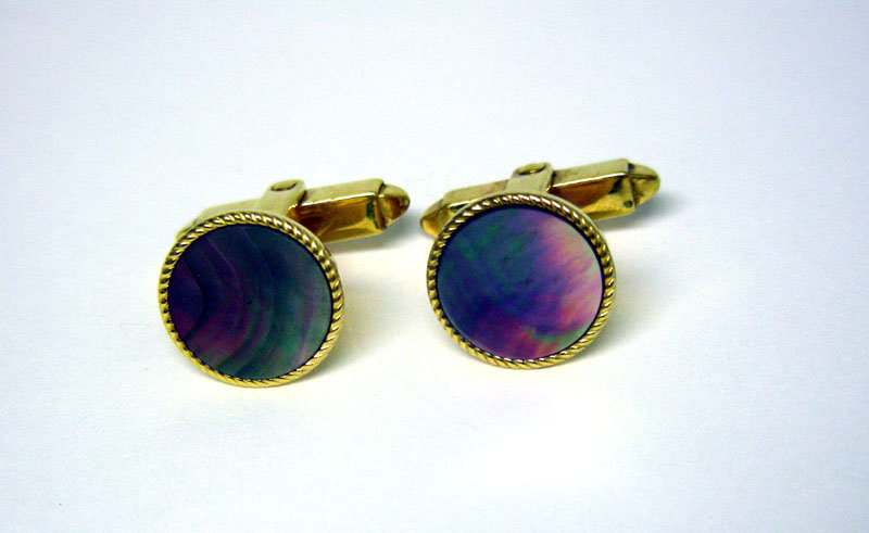 Vintage  Gold Tone Abalone Toggle Back  cuff Links