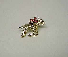 14k Yellow Gold And Enamel Horse Racing Theme Single Stud