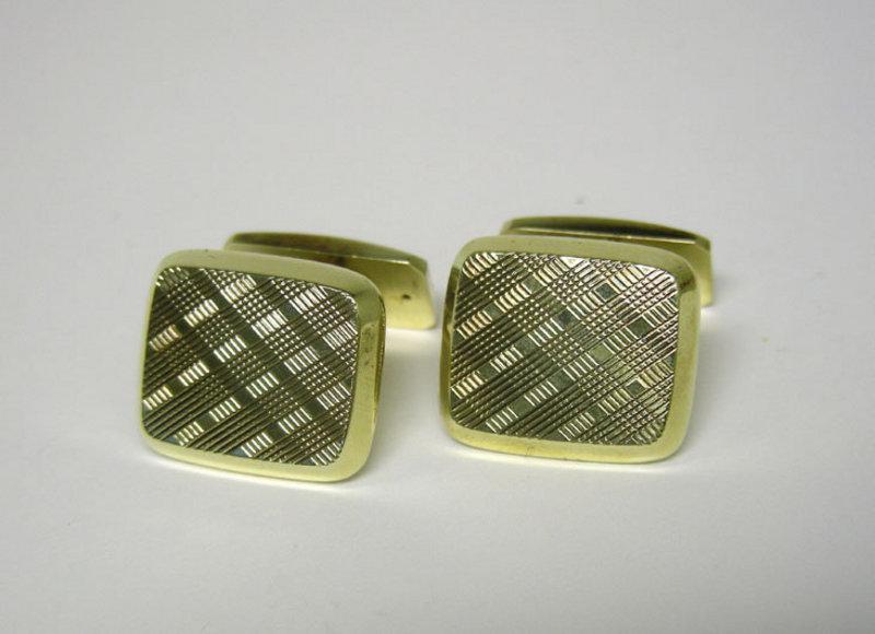 Vintage 14k  Gold Toggle Back Cufflinks