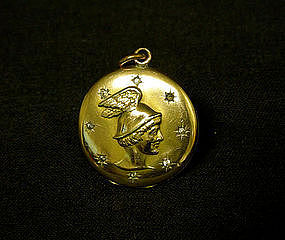 Art Nouveau Pendant With Winged 