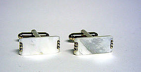 Vintage Mother Of Pearl Toggle Back 