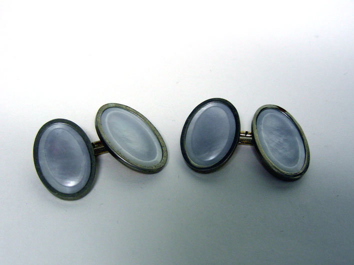 Mother Of Pearl And Gold Plate 