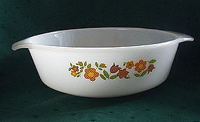 Fire King GINGHAM FLOWERS 1.5 QT Round Casserole