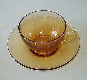 Cambridge ROUND Optic Cup Saucer Set, Amber