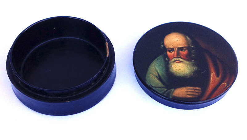 German papier maché and lacquer snuff box, early 19th c