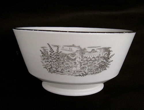 Pair of English black transfer printed slop / waste bowls, c 1820