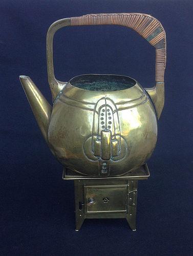 Jugendstil brass teapot by Kayser & a Jan Eisenlöffel burner, c 1900