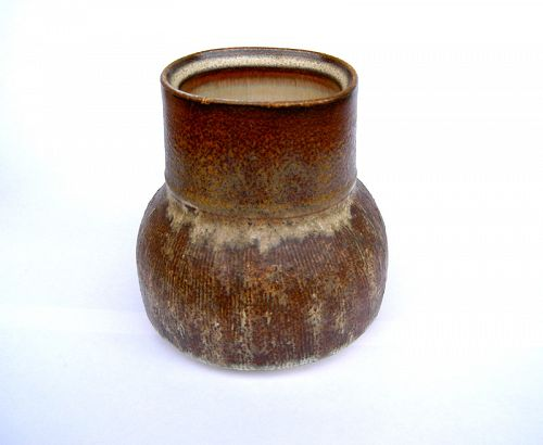 English studio pottery vase by Dennis Townsend, Rye