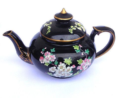 Jackfield black glazed and enamelled small teapot, Victorian