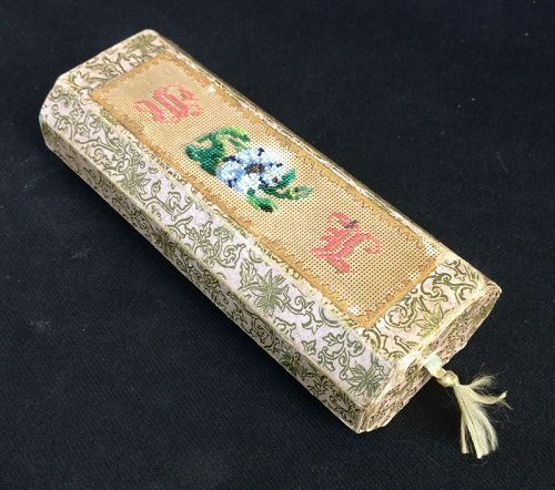 Early 19th century eyeglass case, pearl embroidered