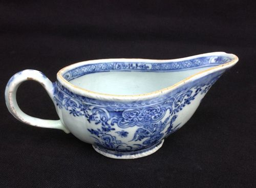 Blue and white Chinese Export sauceboat, Qianlong