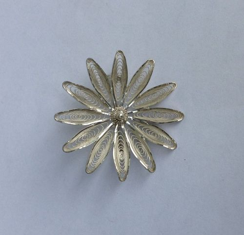 Scandinavian / Norwegian 1960s sterling silver filigree brooch or pin