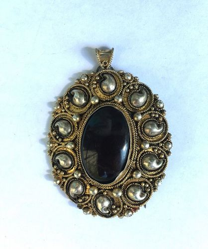 Israeli sterling silver filigree and gilt teardrop brooch / pendant