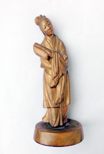 A carved boxwood figure of Guanyin, early Republic