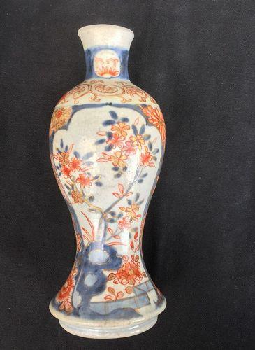 Crackle glaze baluster vase, Ko Imari Arita, early 18th c, Edo