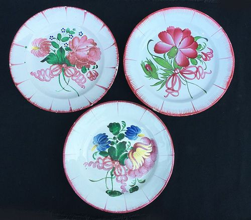 Three French faience plates, St Clement?