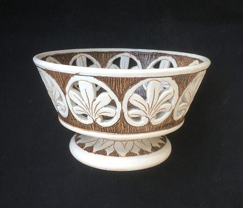 Maioliche Deruta Sgraffiato modernist bowl