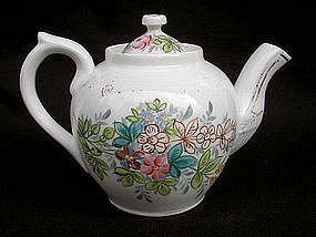 A Russian Kuznetsov teapot