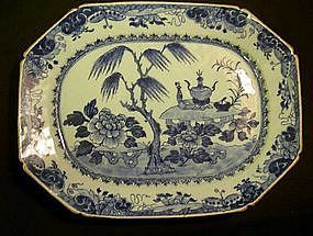 Blue and white Chinese Export Willow platter