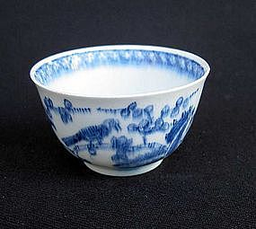 English blue and white tea bowl, mid 18th century, by Bow