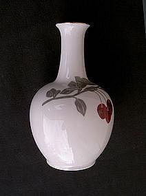 Japanese Arita Fukagawa Koransha cherry vase