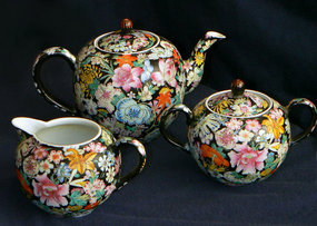 Beautiful Old Chinese Porcelain Tea Set Famille Noire