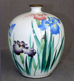 Beautiful Japnese Cloisonne Wireless Enamel Vase signed Kumeno