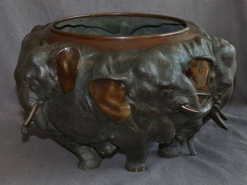 Excellent Large Meiji Era Japanese Patinated Bronze -Herd of Elephants