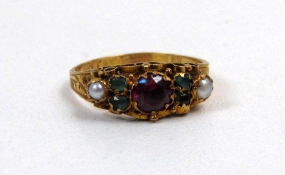 Stunning Georgian Style Ring, Garnet, Emerald, Pearls