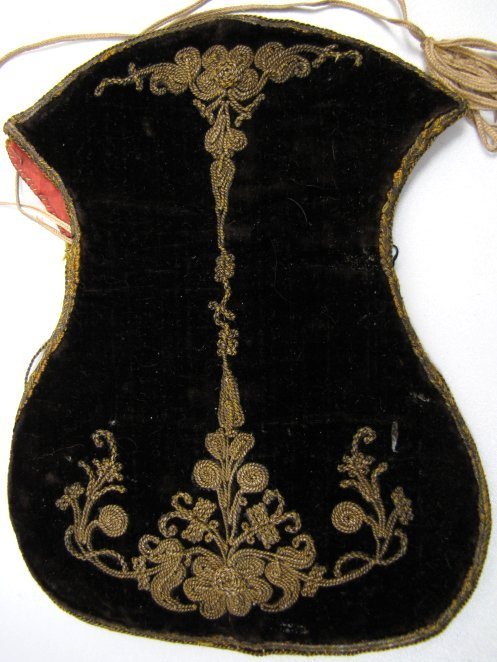 18th C Velvet Purse, Metal Thread Embroidery