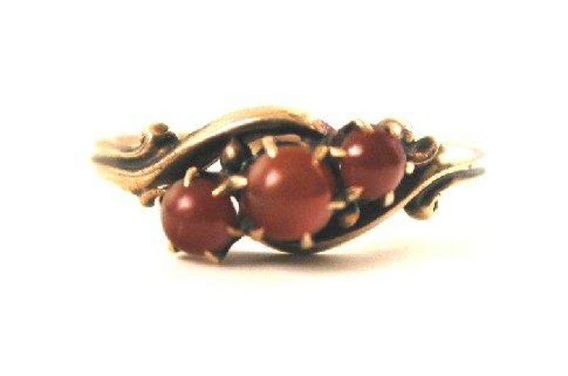 Lovely Victorian Carnelian & Gold Ring c 1890