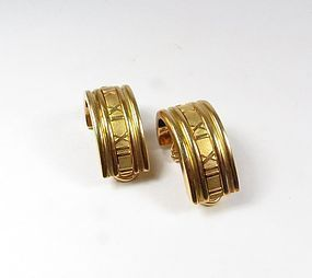 Estate Tiffany & Co 18k gold Atlas hoop earrings