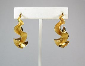 Michael Good, large 18k gold ruffle hoop earrings