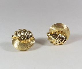 Estate 18k yellow gold earrings by Henry Dunay