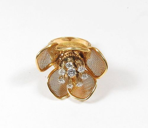 Rare, vintage Piaget 18k gold diamond tremblant flower ring