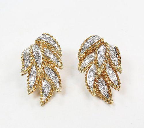 Estate 18k yellow gold. 1.8ctw diamond clip on earrings