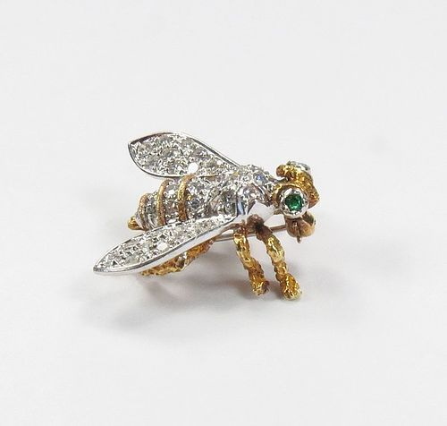 Vintage, 18k yellow gold, diamond, emerald eye bee brooch pin