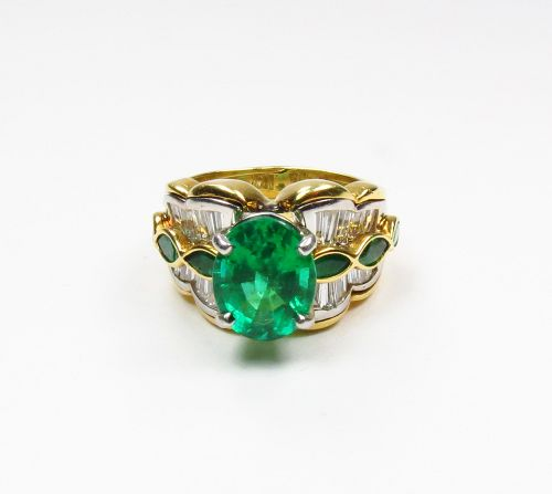 AGL Certified, 18k gold, platinum 4.5ctw emerald, diamond ring